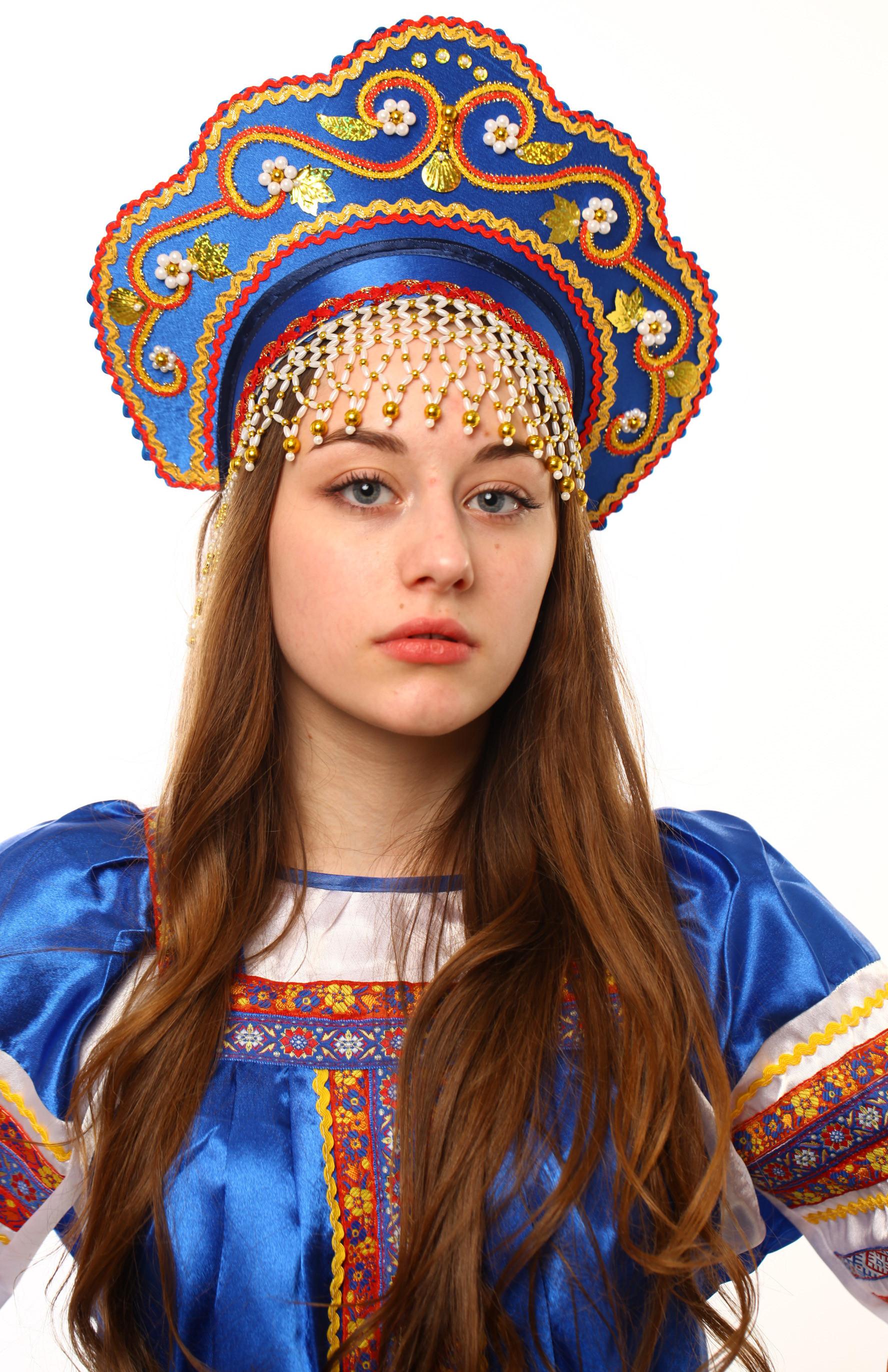 русские народные женские головные уборы с фото фото скопировала