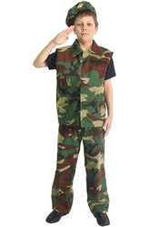 Военные и летчики - Юный солдат