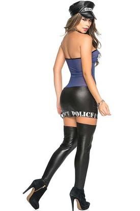 Красотка из полиции