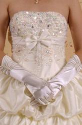 Перчатки и боа - Жемчужные атласные перчатки